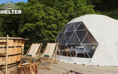 domes are completely free-standing during construction
